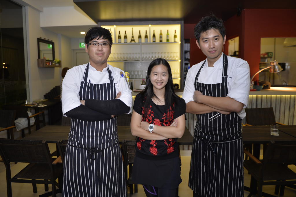 Yup that's me with Chef Chris Fong and his colleague, Chef Louis. (Credit: Horizon Bistronomy).