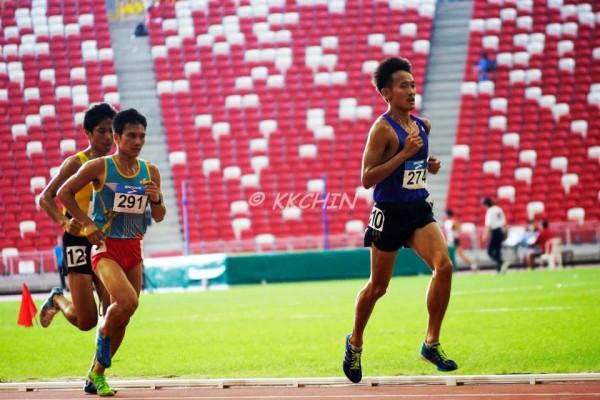 Running 10km at the Singapore Open 2015 (Credits: Chin K K)