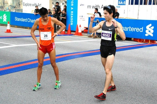 Ashley Liew (left) and Soh Rui Yong (right) are two of the marathoners who are currently going for Rameshon's record.