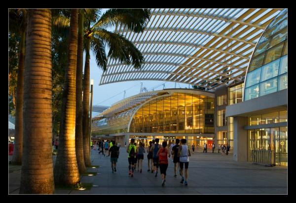 Running past the beautiful Marina Bay Sands.