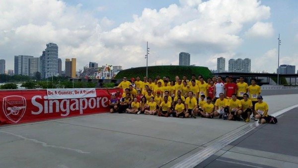 A group photo before the run commences. Credit: Arsenal Singapore.