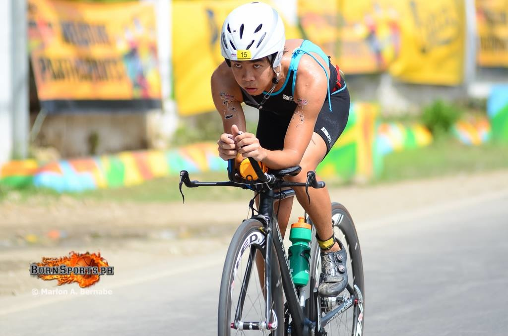 Lam competes at the Cobra 70.3 Ironman Philippines. (photo credit to BurnSports)