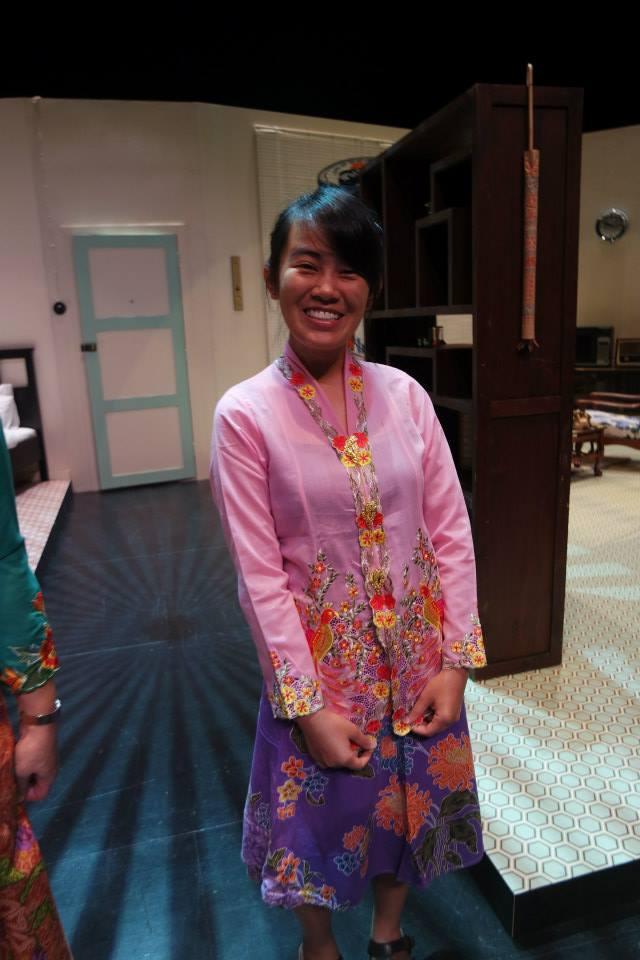 All dressed up for her mini Peranakan dance item with the Main Wayang Company .