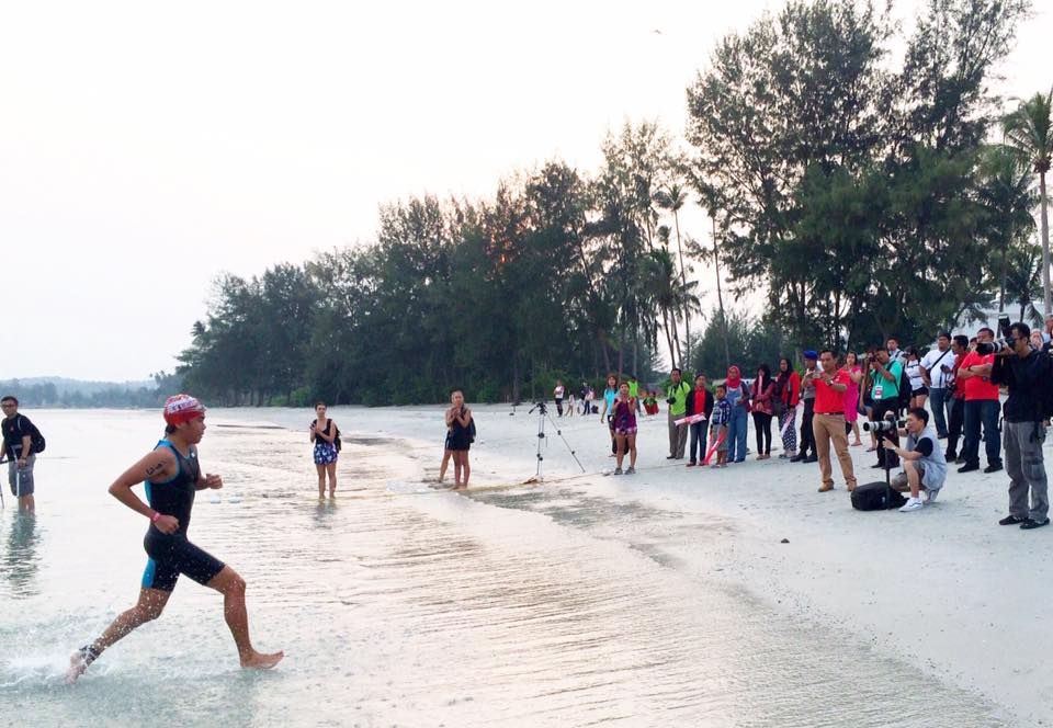 Lots of fanfare greets Lam at the Bintan 70.3 Ironman. (photo credit to Iron Project)