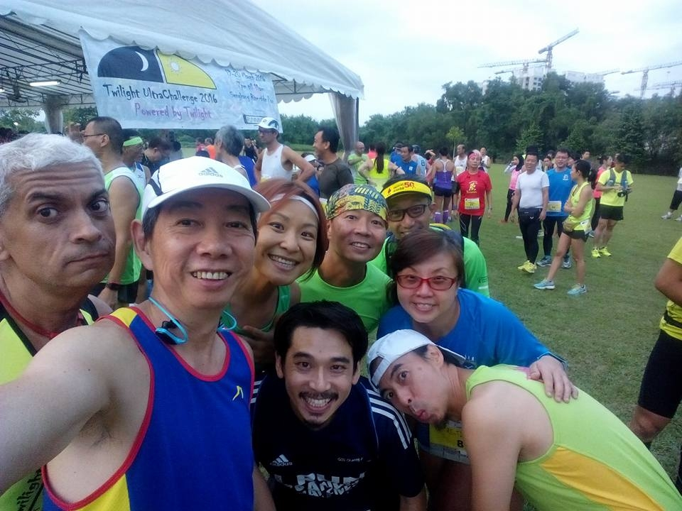 Runners are all smiles at the race site. [Photo by Michael Cheng]