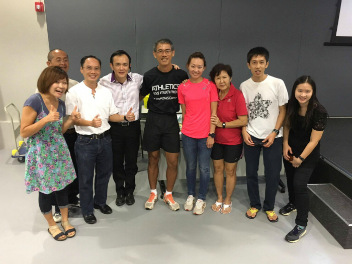 With Neo (in pink), Coach Quek (centre, in black) and other running mates.