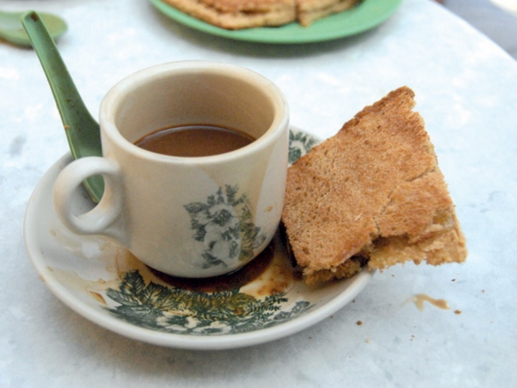 Carob can be added into local coffee, to incorporate it into a Singaporean diet. [Photo taken by www.expatliving.sg]