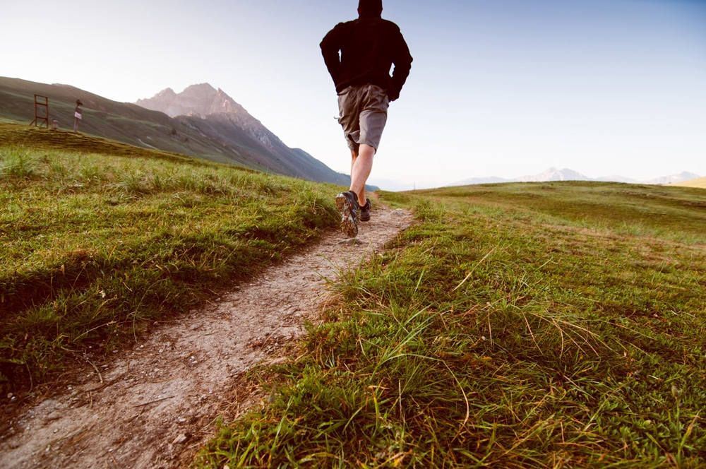 Hill workouts will improve your running. [Photo from www.metrx.com]