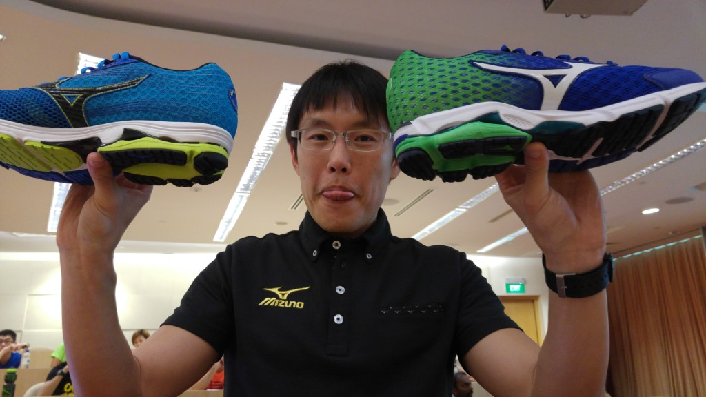 Dr Li shares more about how to choose running shoes.
