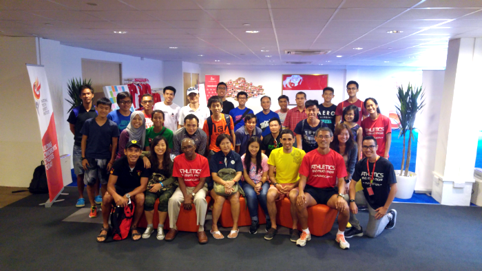 Coach Quek (first row, right) and Emmanuel Tapie (first row, 2nd from right) with others at the session.