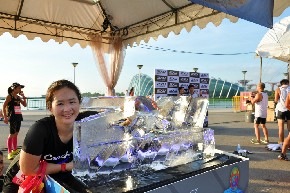 With the 2XU ice sculpture!