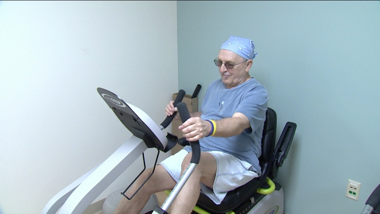 It may not be easy for cancer patients to exercise. [Photo from articles.wsbt.com]