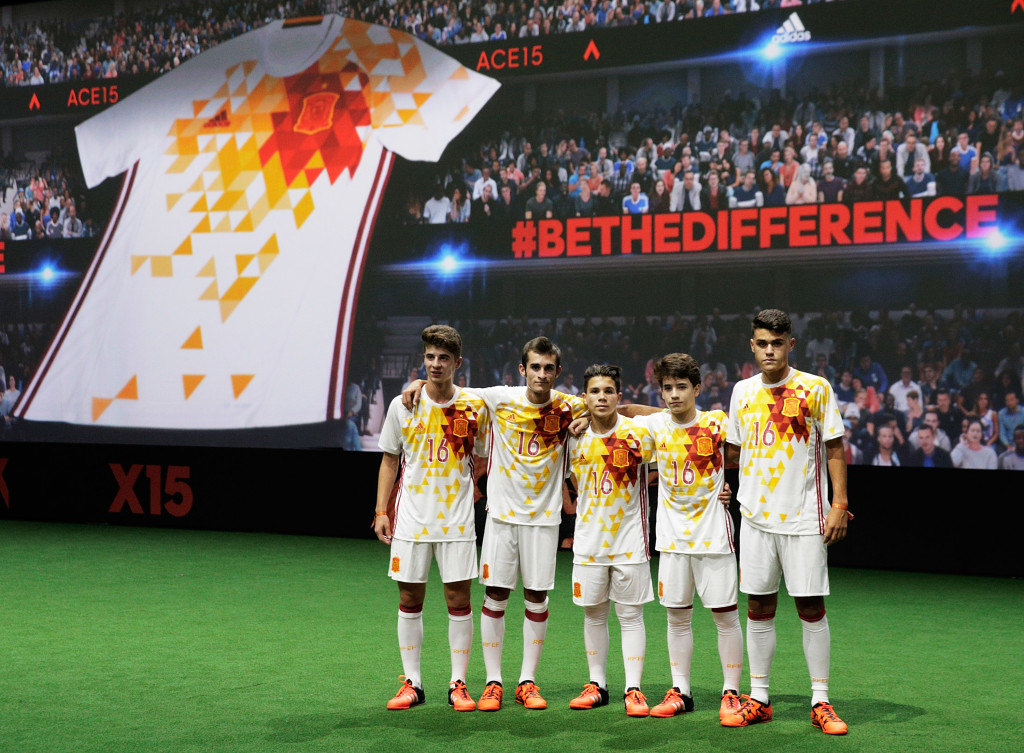 PARIS, FRANCE - NOVEMBER 12: Creators reveal the adidas Spain away kit for the UEFA 2016 Euro Championship(TM) at the World's first digital stadium, The Future Arena on November 12, 2015 in Paris, France. (Photo by Adam Pretty/Getty Images)