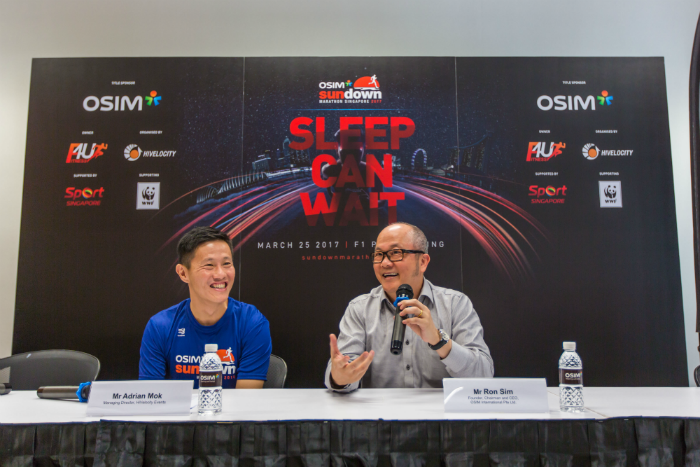 Adrian Mok and OSIM's Ron Sim at the press conference. (Photo Credit: OSIM Sundown Marathon)