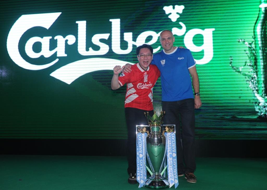 Last night, a dream came true for Liverpool fan Benjamin Lai. (Credit: Carlsberg Singapore).