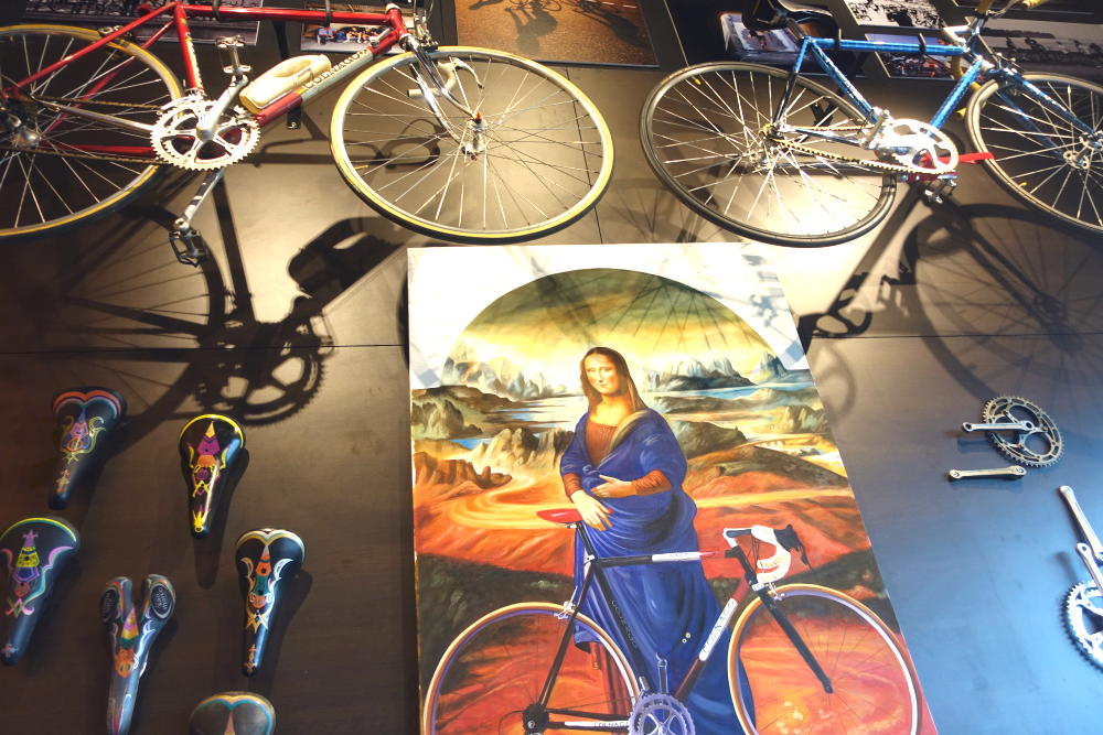 "Now we know the ""real"" reason behind Mona Lisa's smile...She's a cyclist!"