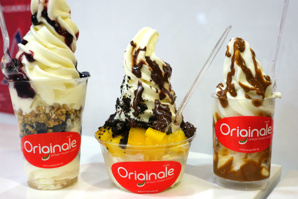 Originale frozen yoghurt @ Bugis Junction.