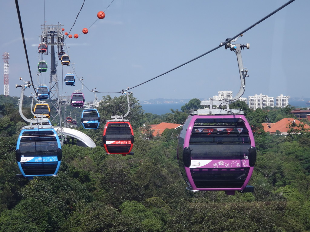 The Sentosa Cable Cars in action