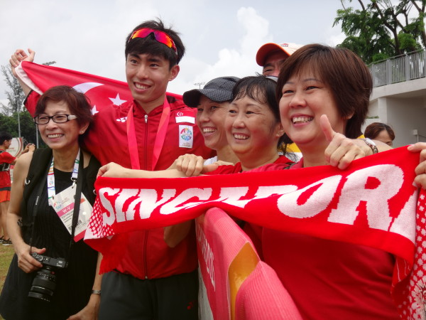 Soh (second from left) and his proud family members.