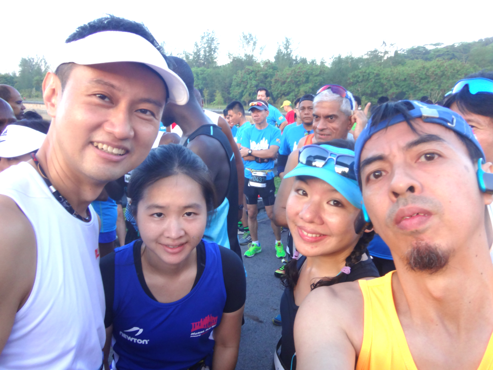 Wefie with friends at the starting line.