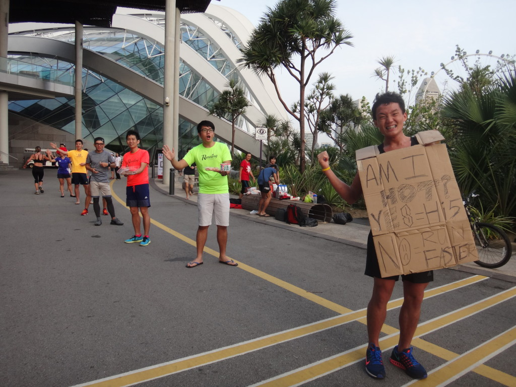 Male runners are full of support for their female counterparts.