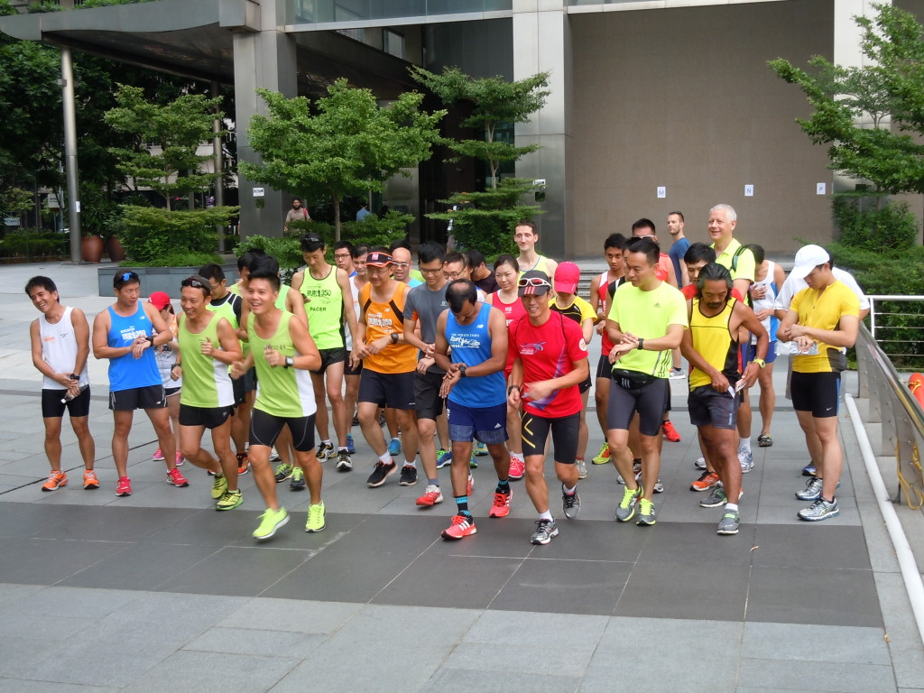 Flagging off a 5km fun run with Soh Rui Yong.