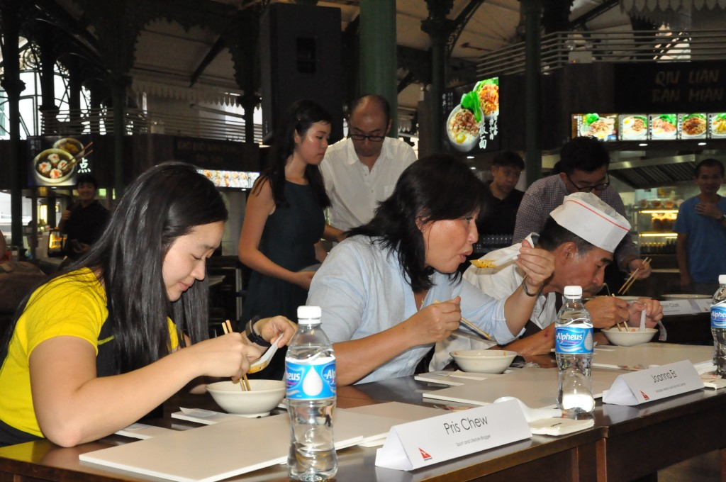 Judges tasting the Laksa.