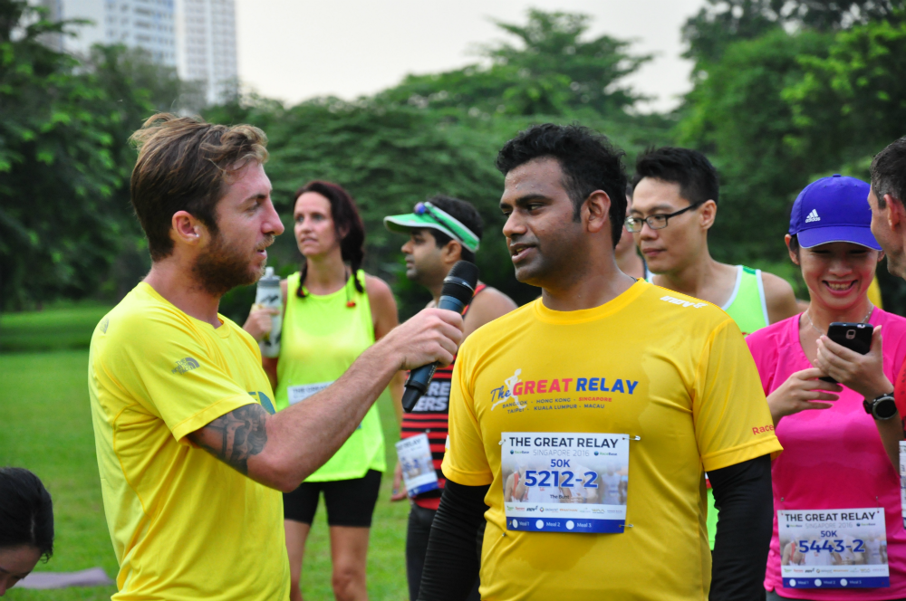 Vlad interviews a runner.