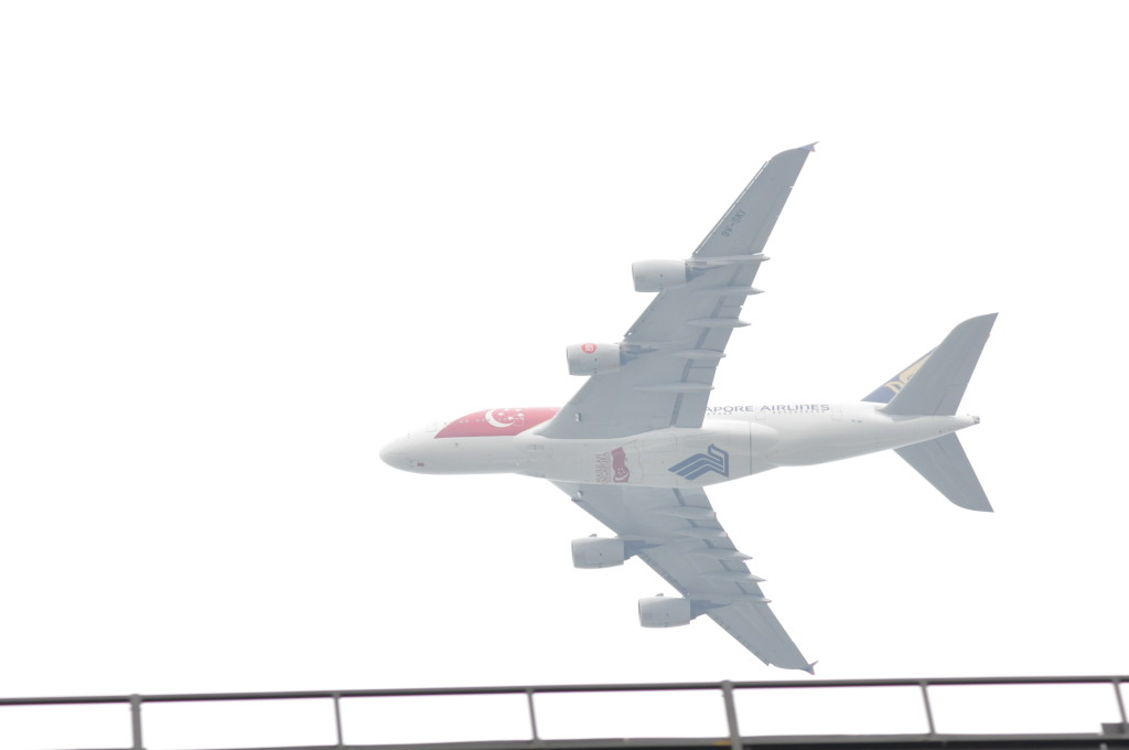 A Singapore Airlines A380 made an appearance.