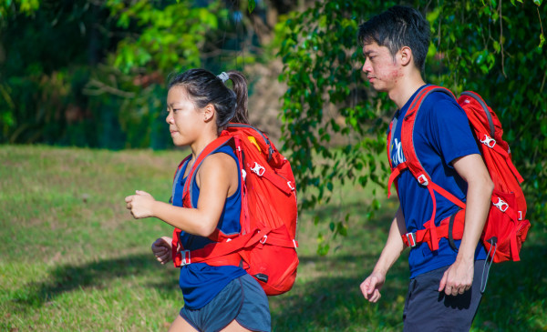 Alexis Lee Man Lin and John Low Zhong Heng train with their packs. (Photo: John Low Zhong Heng)