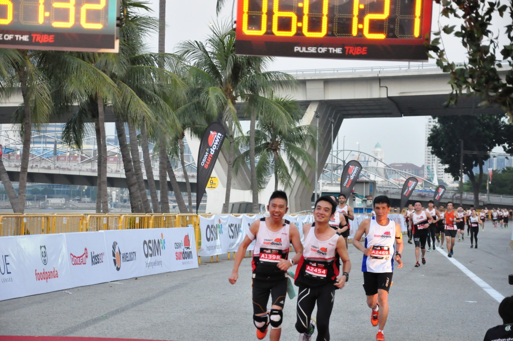 Mok advises Full Marathon runners to do some long training runs in the wee hours of the morning - to train for Sundown Marathon.