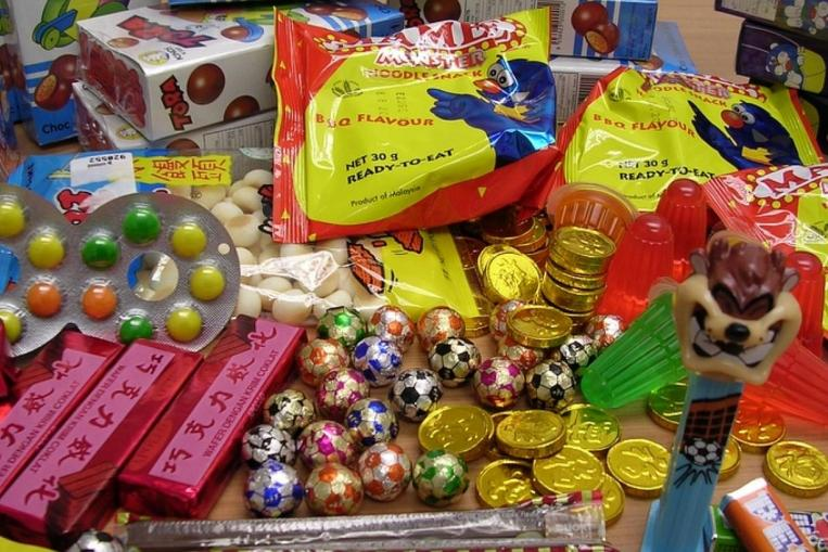 There will be a few nostalgic old-school snacks at the race village. Photo By: www.straitstimes.com