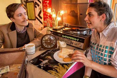 Ordering food at Ziferblat Cafe, London. (Image taken by Alex Lentati, The Evening Standard).