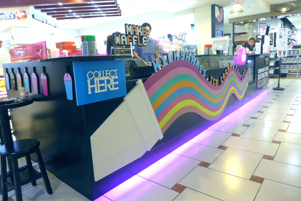 The little MakeShake stall at Jurong Point shopping mall.
