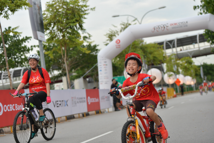 Participants of the Mighty Savers® Kids having a good time at OCBC Cycle 2016 at Singapore Sports Hub. (Photo Credit: OCBC Cycle)