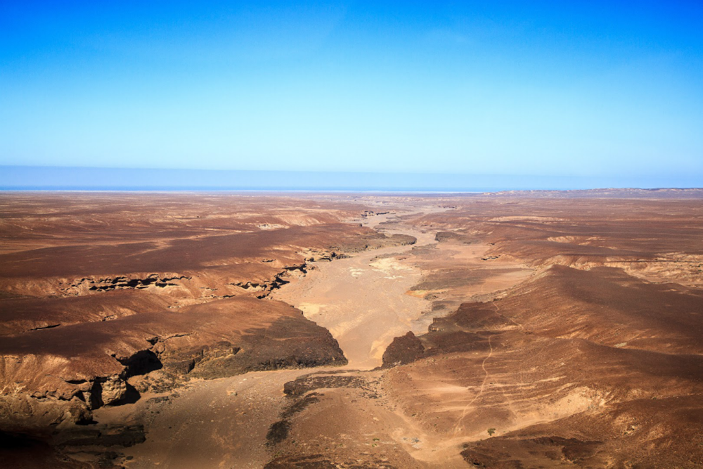 The Sahara Desert Race in Namibia is part of the 4 Deserts series. [Photo courtesy of www.4deserts.com]