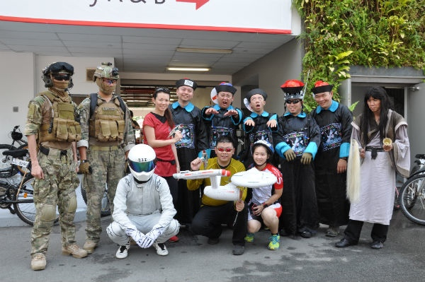 "With ""Captain Kirk"" (front, centre) and his fellow Movie Mania members, at OCBC Cycle Singapore."