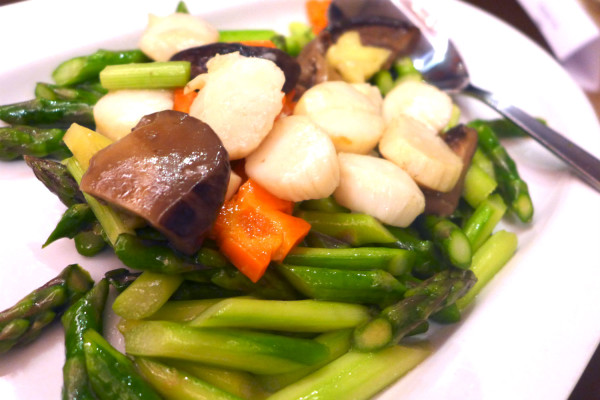Braised Vegetables with Scallop.