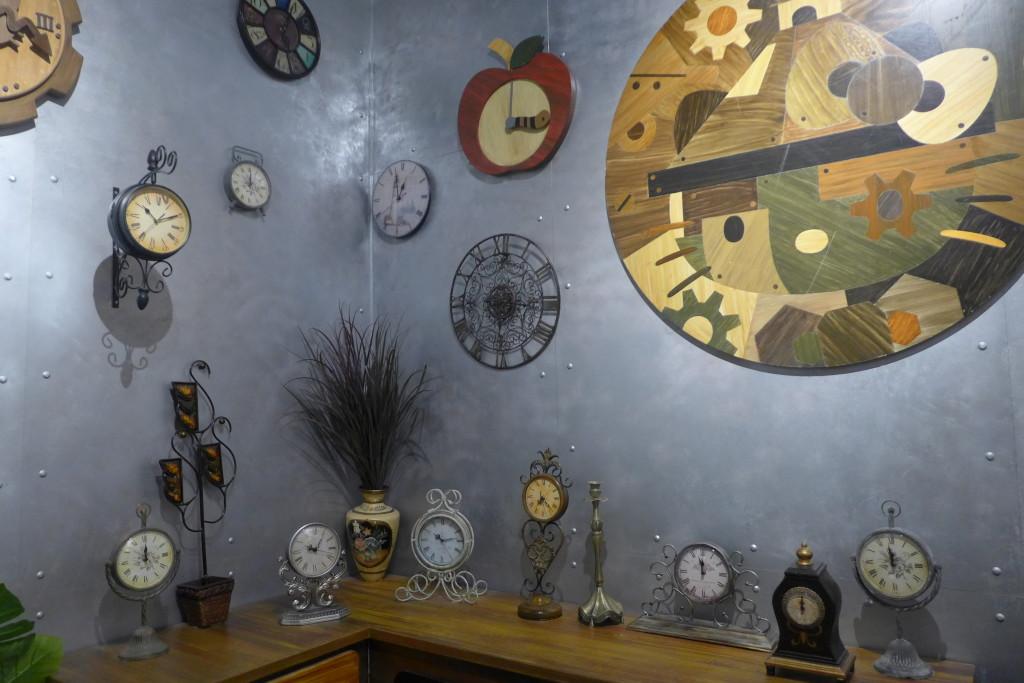 Plenty of clocks galore.