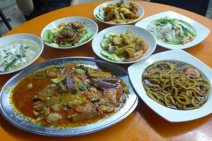 JB 101 FIREWOKZ pride themselves on their good, hearty Zi Char fare.