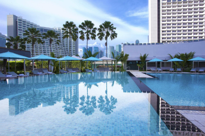 pan-pacific-singapore-swimming-pool-1