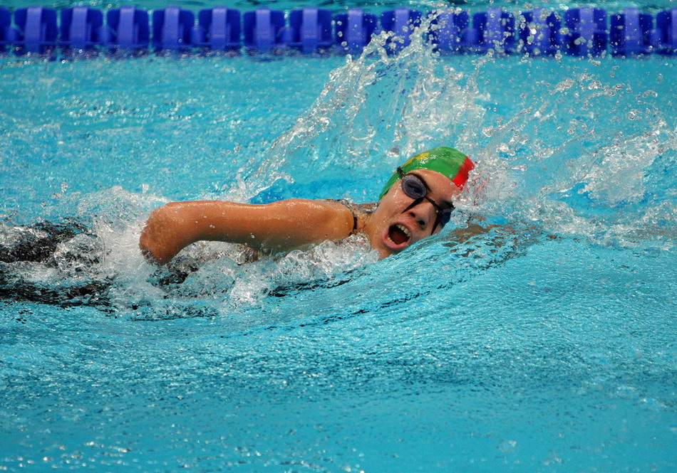 Runners who take up swimming can benefit in several ways. Photo by: en.wikipedia.org
