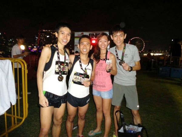 Alex Ong and his 2013 Sundown Ultra Marathon team mates Andy Neo, Jie Shi Neo and Jackie Ho.