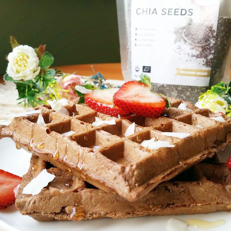 These delicious looking waffles contain plenty of chia seeds. (Photo by SuperLife)