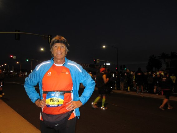The avid marathoner is all hyped up to start the race! Dr Reiter at the LA Surf City Marathon Race Expo. (Picture from Dr Anton Reiter).