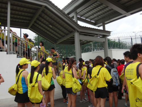 Despite the queues, we didn't wait long for the shuttle buses back to the Singapore Expo.