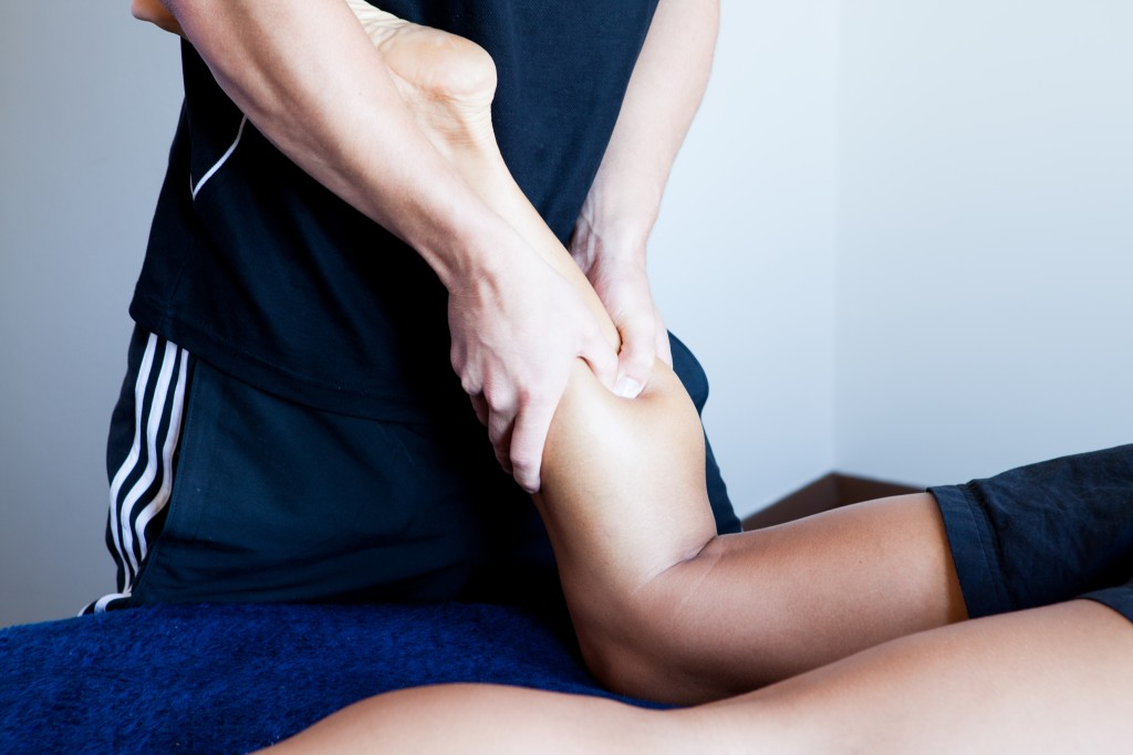 Why should you go for a Sports Massage? [Photo from yomastudio.com]