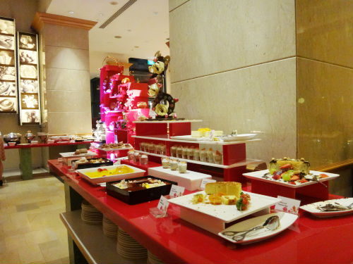 Cafe Brio's at the Grand Copthorne waterfront Hotel.