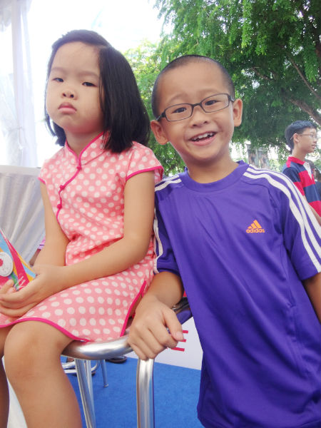 Eight year old YouTube celebrity Dr JiaJia and his sister.