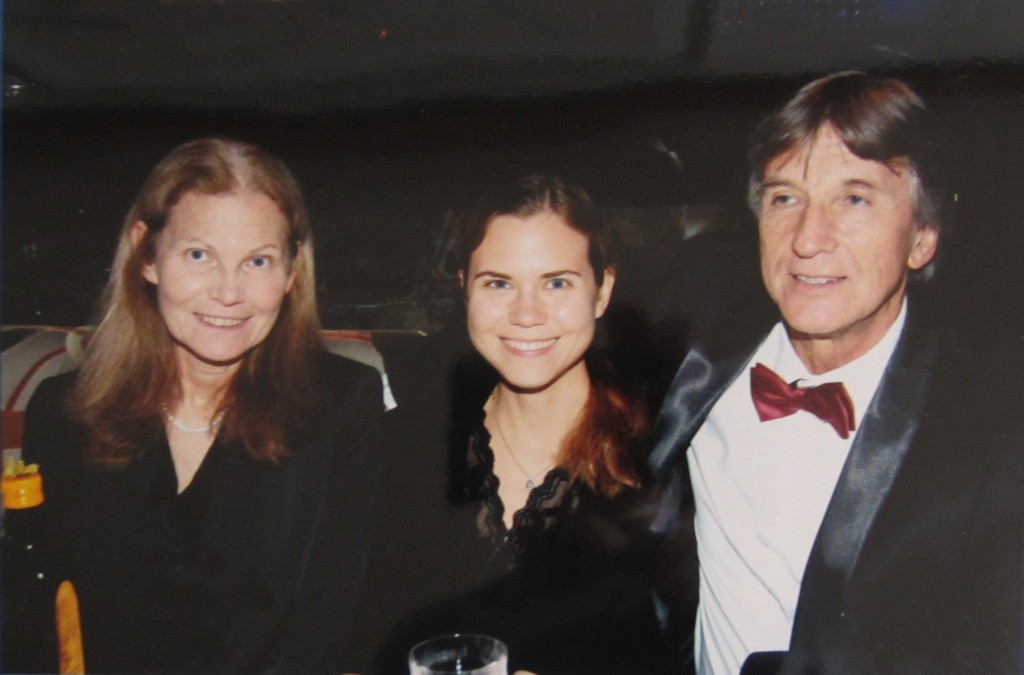 Anton Reiter (right) with his wife (left) and daughter (centre).